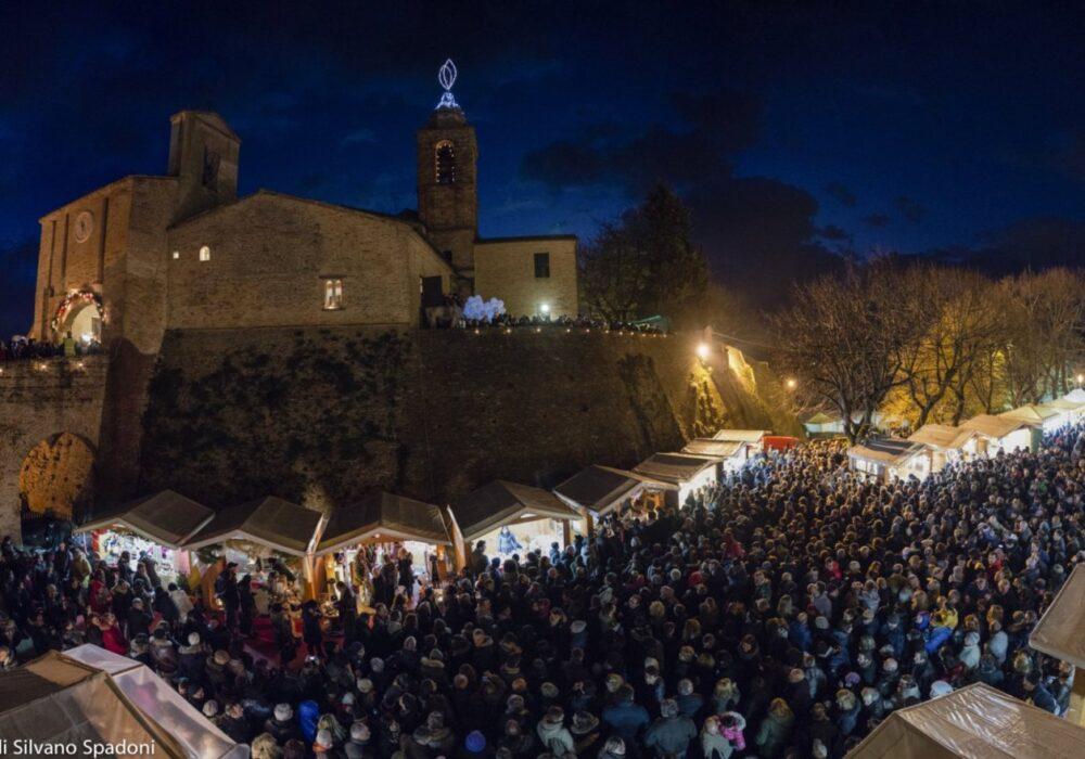 Candelara_Candele_a_Candelara_Mercatini_di_Natale_1_UNPLI_Pesaro_Urbino