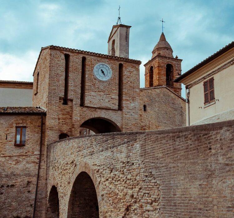 Candelara_Torre_dell'Orologio_UNPLI_Pesaro_Urbino